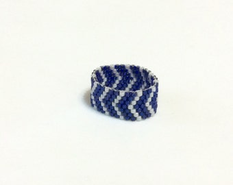 Navy Blue and Gray Beaded Band Ring - Size 8 1/2