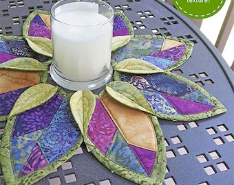 Fold 'n stitch leaf topper Poorhouse Quilt Designs