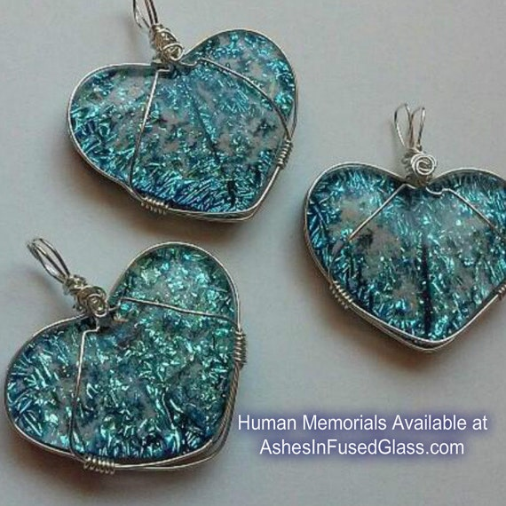 Cremation jewelry glass heart ashes infused glass pet for Cremation jewelry for pets ashes
