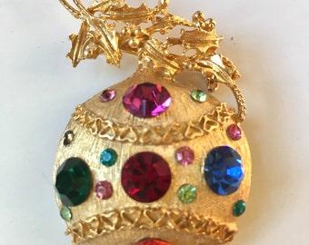 Stunning Eisenberg Ice Rhinestone Ornament Brooch!