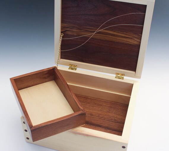 Graceful Curves Jewelry Box 174