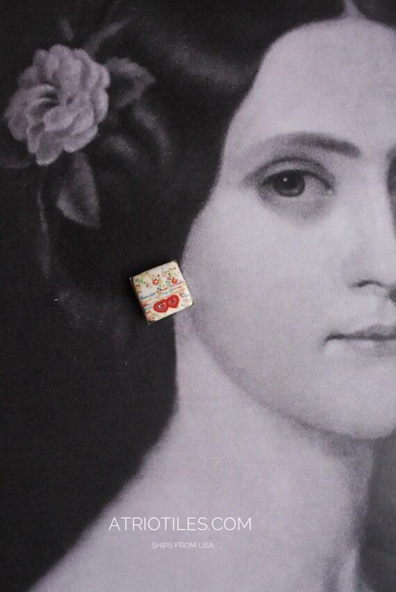 Portugal SWEETHEART HANDKERCHIEF or Lenco dos Namorados  POST STuD Earrings in Gift Box 17mm