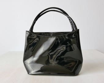 Vintage Black Patent Vinyl Top Handle Handbag Purse / 1960s Black Purse