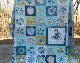 A Dresden Quilt, You choose Size and color palette, crib throw twin full queen or king sizes, COMPLETELY CUSTOMIZEABLE, home decor, bedding