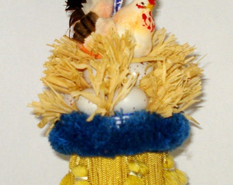 Rooster Tassel with Eggs