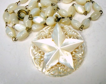 Star of BETHLEHEM Mother of Pearl Carved Round Pendant on MOP Bead Chain Necklace, 1950s, STAR Design Israel, White Luminous Shell