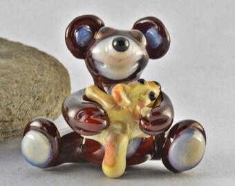 BEAR hug  sculpture  lampwork glass bead, whimisical lampwork focal bead, Izzybeads SRA