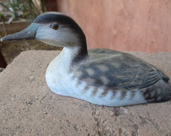Vintage DUCK Wood Carving Hand Carved Wooden Decoy Painted Loon