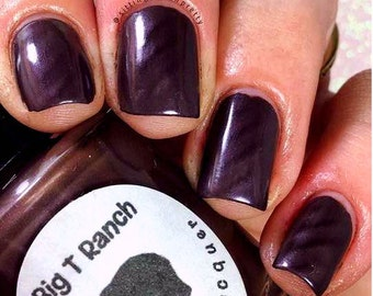 "Magnetic Nail Polish - Purple Creamy Metallic - ""Amethyst"" - Magnet Included - Full Size 15ml Bottle"