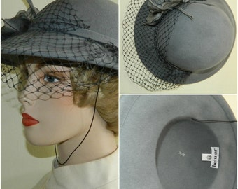 22 1940s Grey Wool Felt Hat Veil Netting Gray Flower Trimmed Cloche Betmar NY Hatters Cap and Millenary