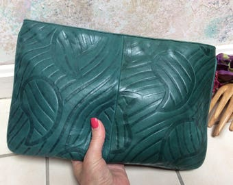 Vintage forest green embossed leather clutch bag, deep green etched leather envelope purse, rich green stamped leather large clutch handbag