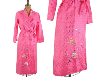 1940s Asian embroidered jacquard robe / bright pink geometric rayon jacquard housecoat / 40s floral robe .. small