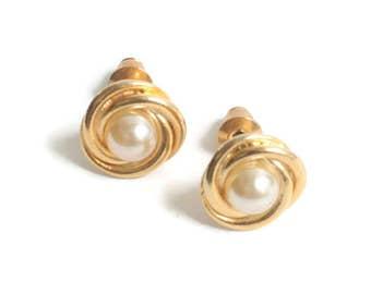 Faux Pearl Earrings Gold Swirl Setting Posts Pierced Vintage