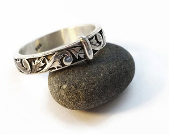 Best Sellers - Your choice - Sterling Silver - Thistle Band or Blade & Bow Band - All Sizes - Sporran Key - Highlander fan - Blacksmith