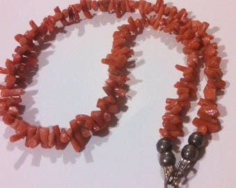 Coral Necklace ~ Authentic Coral Necklace ~ Vintage coral bead necklace