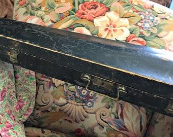 Wood violin case, brass hardware, music case, felt lined case, classic violin case, shabby violin case, musicians case, prop violin case