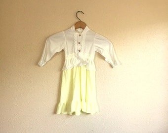 Vintage YELLOW And White Baby Girl Dress / Ruffle And Eyelet Dress / Infant Size 9 12 18 Months