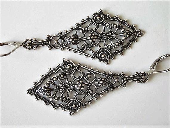 Filigree Earrings, Antiqued Silver Filigree Earrings, Brass Earrings, Lacy Diamond Shaped Drop, Elegant Earrings, Ornate Earrings