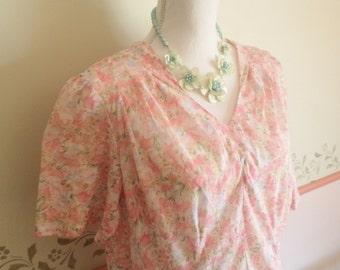 40s dress, 80s does 40s. 40s costume, floral 40s dress, wartime dress, WW2 dress, floral summer dress, FINE DETAILS, tea dress