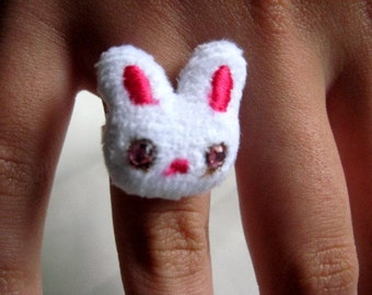 Adjutable Silvertone Bunny Ring