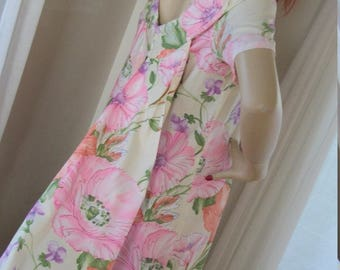1960s Vintage Hawaiian Print Hostess Gown Back Panels Size M Lovely