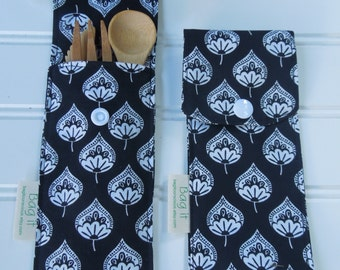 Reusable bamboo cutlery and carrying pouch  - Picnic cutlery case - Flatware pouch - Bamboo cutlery - Lotus leaves on black