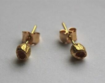 18 Carat Gold Bottle Brush Stud Earrings