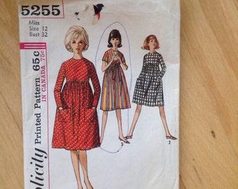 Vintage Simplicity 5255 Empire Waist Dress size 12