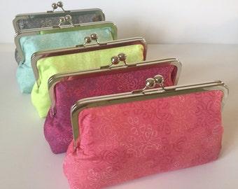 Bridesmaid Clutch Purse, Bridesmaid Gifts, Wedding Party, Custom Personalized Bridesmaid Bags