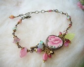 Broken China Bracelet Recycled Jewelry Vintage Pink Flower Pattern Glass Beads Key Charm Broken Cups and Plates Mosaic