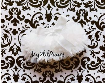 Baby Girl CREAM BLOOMER with Satin bow, chiffon ruffle, diaper cover, photo prop, newborn, infant ruffle bloomer, Newborn prop