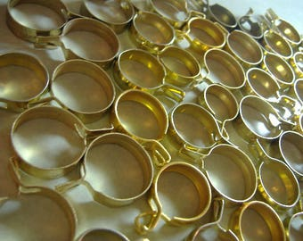 HUGE lot of Vintage Cafe Curtain Clips Rings. Drapery Clips. No sew, just clip on. Variety of sizes and shades of Gold.