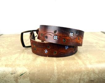 Vintage Floral Tooled Leather Belt
