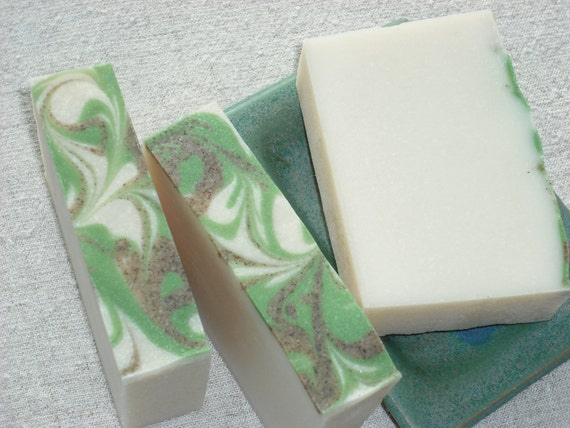 Oak Leaves and Acorns Soap / Outdoor Woodsy Scent / Cold Process Handmade Soap / NEW LOOK