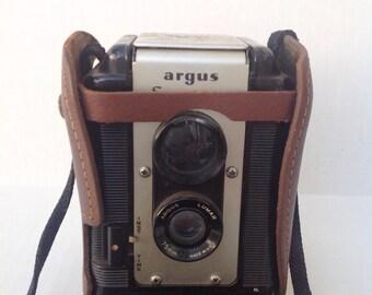 Vintage Argus Seventy Five camera. Vintage camera, vintage photography, vintage photographer. Photograph.