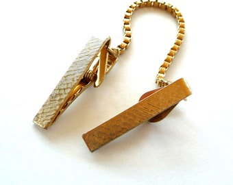 Sweater Clips - Sweater Guards - Gold Tone Metal - Mid Century -1950s - Geometric Pattern - Bar Style - Recycled - Eco Friendly