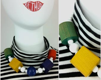 Totally Rad Vintage 80s 90s Geometric New Wave Multicolor Wood Shapes Blocks Necklace with White Plastic Beads