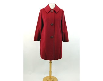1950s winter coat red wool blend Belson car coat carved buttons Size M