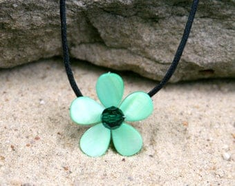 Rainforest Green Swarovski Crystal & Mother of Pearl Flower Necklace