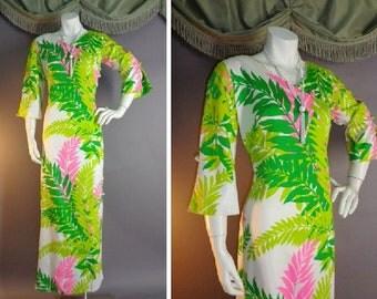 Vintage 1960s 60s PINK GREEN HOURGLASS leaves leaf print Waltah Clarke Hawaii Hawaiian maxi dress