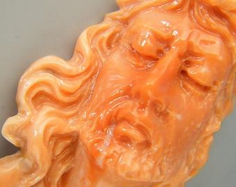 Coral sculpture Jesus Christ face
