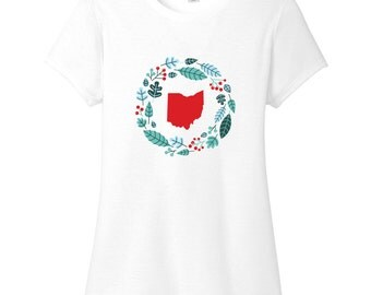 Custom State Winter Wreath - Women's Personalized Christmas Fitted T-Shirt