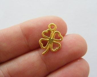 18 Four leaf clover charms gold tone GC65