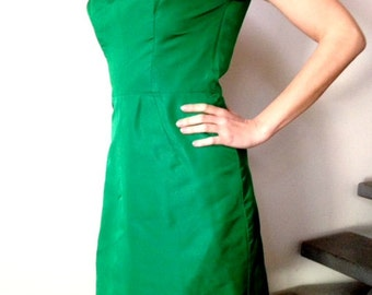 Emerald green vintage dress with rhinestone front details and zip back