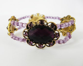 Bracelet Victorian Style Stretch Bracelet in gold and Lilac Purple Crystals