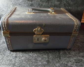 Vintage train case suitcase luggage makeup case retro decor