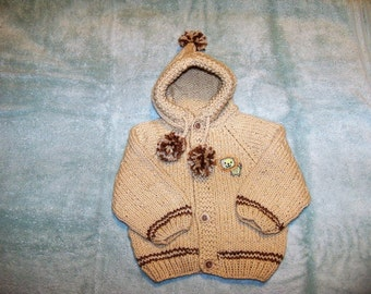 Hoody in Beige with Lion Applique