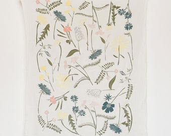 Meadow Wildflowers Towel : Flour Sack Kitchen Tea Towel