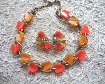 Vintage Thermoset Necklace & Earrings ~ Orange ~ Peach ~ Green