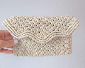 40% OFF SALE Vintage 1970's Beige Tan Macrame Clutch Purse / Small Style Hippie Mini Handbag